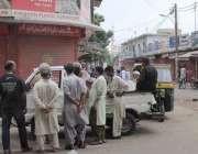 کراچی، شہر قائد میں لگائے گئے جزوی لاک ڈاؤن کے باعث فرنیچر مارکیٹ بند ..