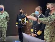 واشنگٹن، چیف آف نیول سٹاف ایڈمرل محمد امجد خان نیازی کو امریکی سرفس ..