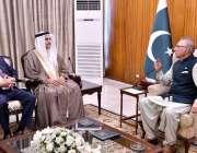 اسلام آباد، صدر مملکت ڈاکٹر عارف علوی سے عرب پارلیمنٹ کے صدر عدیل بن ..