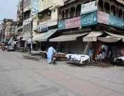 لاہور، کورونا کی چوتھی لہر کی وجہ سے دو روزہ لاک ڈاؤن کے فیصلے کے تحت ..