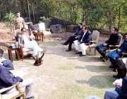 اسلام آباد، وزیراعظم عمران خان سے ارکان پارلیمنٹ کا وفد ملاقات کر رہا ..