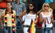 فاتح جرمن ٹیم کےکھلاڑیوں کی گرل فرینڈزاوربیگمات بھی پیچھےنہ رہیں