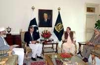 وزیر اعظم نواز شریف سے وزیر اعلیٰ خیبر پختون خوا کی ملاقات ، ملک میں ..