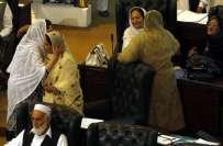 خیبر پختونخوا اسمبلی میں خواتین ارکان اسلحہ لے کر آتی ہیں: سردار بابک
