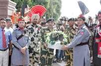 جشن آزادی پاکستان کے موقع پر ایل او سی پر تعینات پاک بھارت فوجیوں نے ..