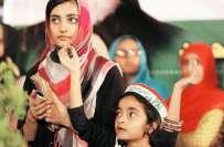 """انقلاب مارچ دھرنے میں بچی کی پیدائش،ڈاکٹرطاہرالقادری نے """"انقلاب فاطمہ .."""