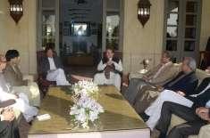 سیاسی حلقے وزیراعظم کی عمران خان کی رہائش گاہ پر آمدکواہم قراردینے ..