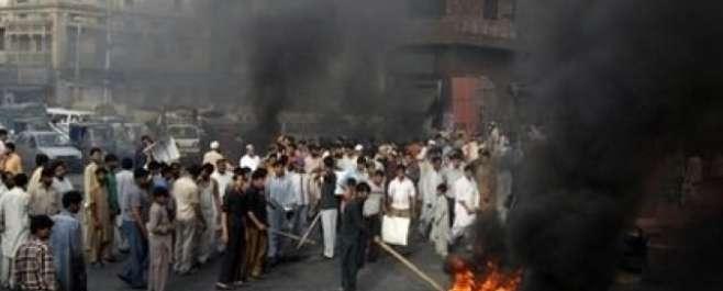 شدید گرمی کے ساتھ طویل لوڈشیڈنگ سے زندگی مفلوج، عوام سراپا احتجاج