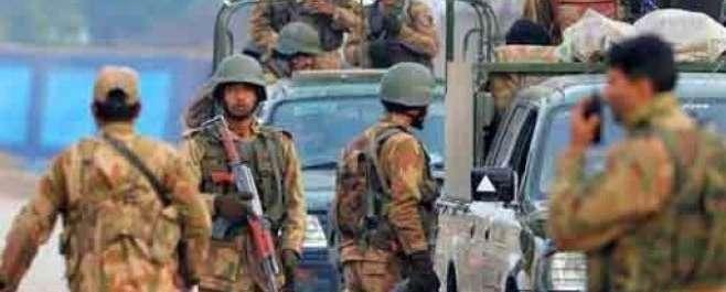 پشاور: دہشتگردوں کا آرمی سکول پر بزدلانہ حملہ، فائرنگ جاری، 10بچے شہید، ..