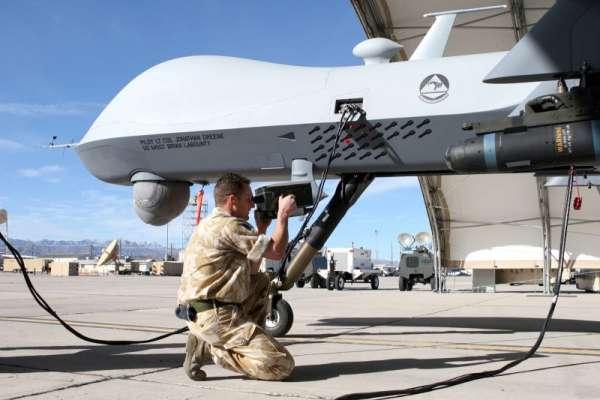 امریکا کیمیائی ہتھیاروں سے لیس ڈرون بنائے گا، برطانوی اخبار