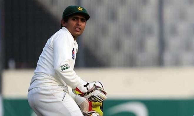 عدنان اکمل انگلی میں فریکچر کے باعث ٹیسٹ سے باہر