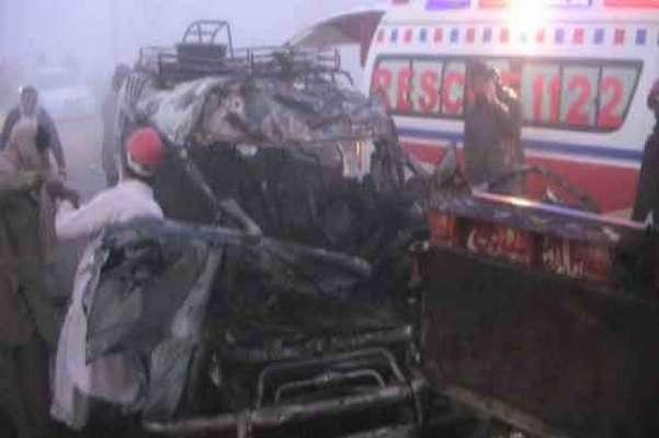 منڈی بہاؤ الدین، وین اور ٹریکٹر ٹرالی میں تصادم،7 افراد جاں بحق