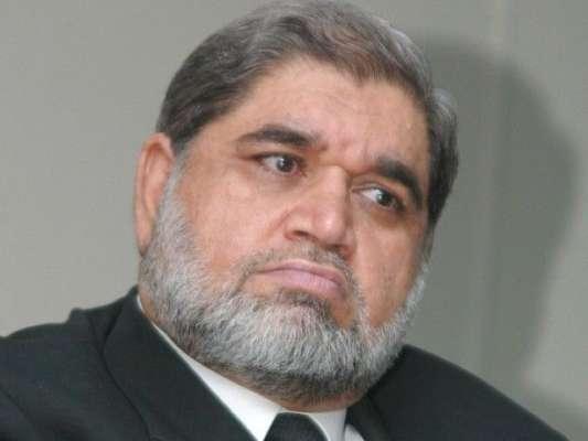 غداری کیس، خصوصی عدالت کے قانون میں کوئی خلایا سقم نہیں،اکرم شیخ