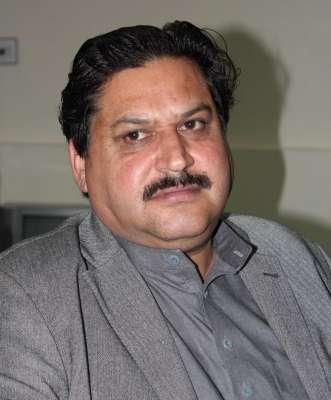 پشاور ،ماشو خیل میں ایک گاڑی پر فائرنگ سے عوامی نیشنل پارٹی کے سابق ..