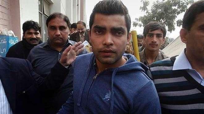 عدالت میں پیش نہ ہونے پر کرکٹرعمراکمل کے وارنٹ گرفتاری جاری