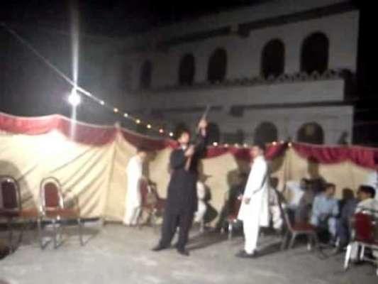 چنیوٹ :شادی میں فائرنگ،دولھا گرفتار،70باراتیوں کیخلاف مقدمہ