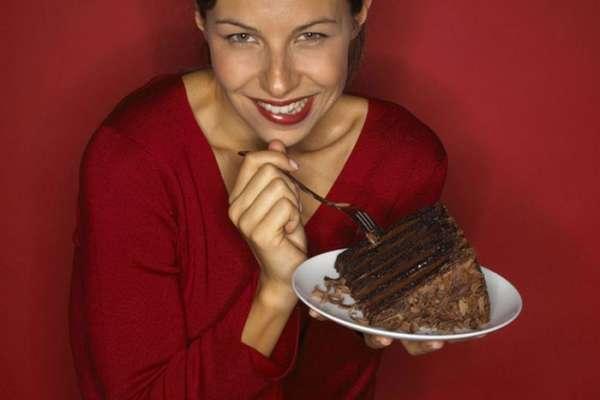 میٹھے کا مناسب استعمال مختلف بیماریوں سے محفوظ رکھتا ہے