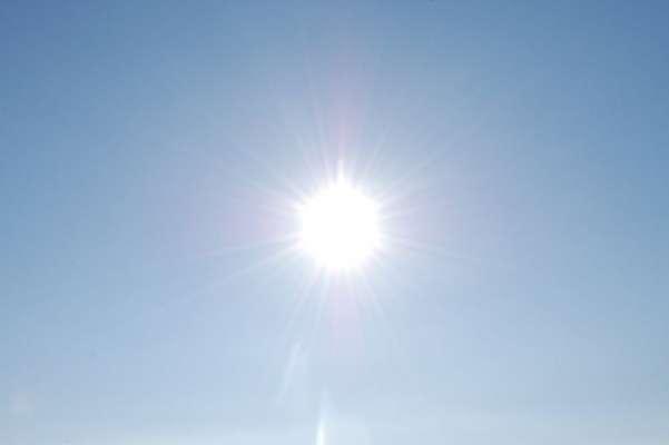 موسمِ گرماکے بد اثرات سے بچنے کیلئے لیموں کی سکنجبین اور دودھ کی لسی ..
