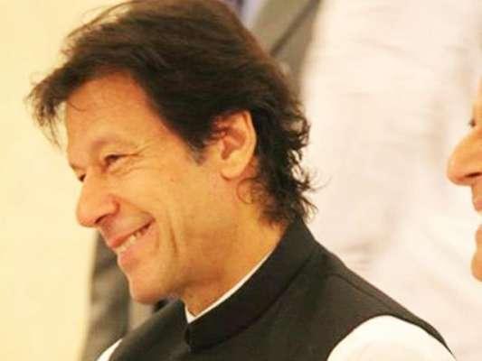 عمران خان نیند سے اٹھ کربنی گالہ روانہ ہوگئے