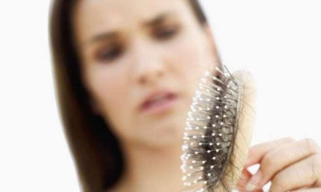 ذہنی دباؤ' نوجوان خواتین میں بال جھڑنے کا بنیادی سبب ذہنی دباؤ ہے،سروے،بالوں ..