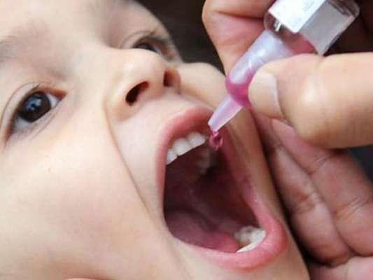 والدین کی جانب سے پولیو ویکسین کے قطرے پلانے سے انکار نے وائرس کے خاتمے ..