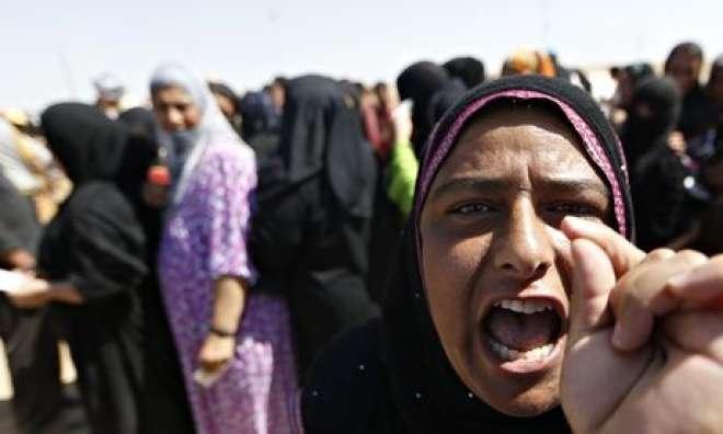 داعش کے زیر کنٹرول علاقوں میں محرم کے بغیر عورت کے گھر سے نکلنے پر پابندی ..