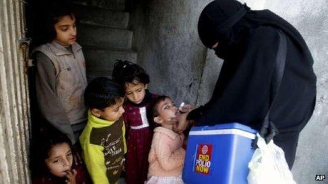 پاکستان میں پولیو پروگرام تباہی سے دوچار ہے: رپورٹ