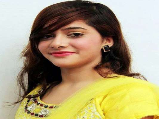 گلوکارہ عاصمہ لتا عید الفطر کے بعد دبئی اور انگلینڈ میں پرفارم کریں ..