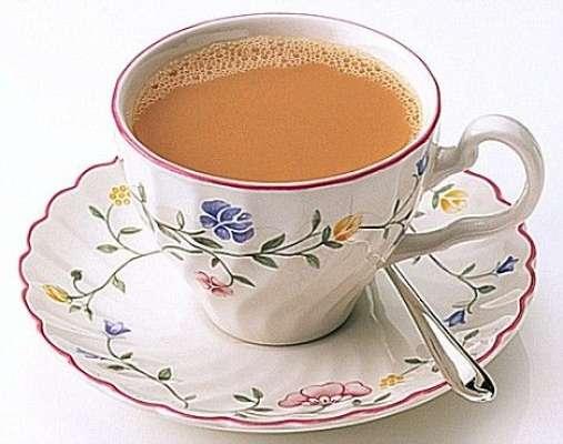خبردار! چائے کا زیادہ استعمال معدے میں تیزابیت اور قبض کا باعث بنتا ..