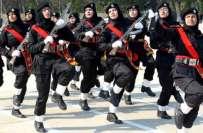 انسداد دہشتگردی فورس کے پہلے دستے میں شامل کارپورلز کو حمزہ کمپنی کا ..