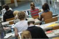 برطانیہ کا تعلیم مکمل کرنے والے غیرملکیوں کو واپس بھیجنے کا فیصلہ