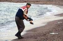 ترکی کے ساحل سمندر پر شامی بچے کی ملنے والی لاش نے کئی سوالات کھڑے کردیے