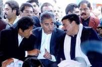 عمران خان کراچی میں شاہ محمودقریشی،جہانگیر ترین اور شیخ رشید کے بغیر ..