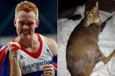اولمپین نے ڈورس کے ساتھ کیا  سلوک کیا؟