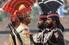 بھارت کے یوم جمہوریہ کے موقع پررینجرزاہلکاروں کابھارتی فورسز سے مٹھائی ..