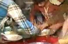 ملتان میں تحریک انصاف کے کارکنوں نے کھانے پر دھاوا بول دیا،