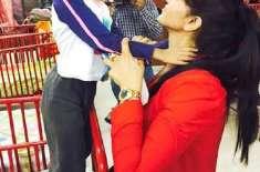 ثناء نے ادارے میں موجود تمام افراد سے فرداً فرداً ملاقات کر کے صحت بارے ..