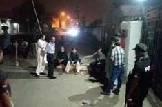 کراچی ،کریم آباد میں تاجروں کی پی ٹی آئی کا انتخابی کیمپ منتقل کرنیکی ..
