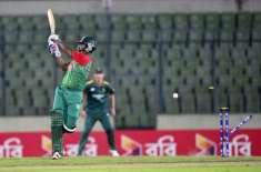 بنگلہ دیشی بلے باز تمیم اقبال کو کندھا مارنیوالے افریقی کرکٹر روسوو ..