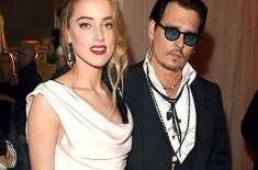 ہالی ووڈ اداکار جونی ڈیپ کی بیوی پر کتے سمگل کرنے کا الزام عائد