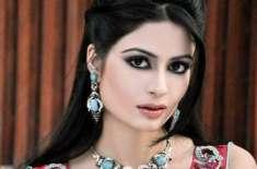 """اداکارہ مدیحہ افتخار ڈرامہ سیریل """" ادھوری لہر """" کی ریکارڈنگ میں حصہ .."""