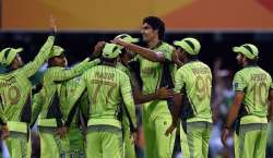 پاکستانی ہی پاکستان کے مقابلے میں؟