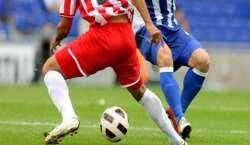 ڈچ فٹبال لیگ, آئنڈہون ایگلز کو مات دے دی