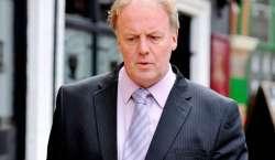 سابق برطانوی فٹبال سٹرائیکر کیری ڈکسن کو مار پیٹ کرنے پر جیل ہوگئی