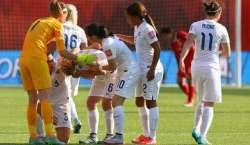 فیفا ویمن ورلڈ کپ،برطانوی دفاعی کھلاڑی کی غلطی نے ٹیم کو ٹائٹل کی دوڑ ..