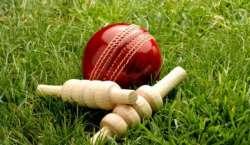 تیسرے ندیم بنگش میموریل T20کرکٹ ٹورنامنٹ میں گیند اور بلے کی جنگ جاری
