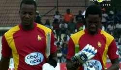 دوسرا ون ڈے ، زمبابوے نے پاکستان کو سیریز جیتنے کے لیے 277 رنز کا ہدف ..
