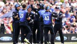پہلا ون ڈے ، نیوزی لینڈ نے سری لنکا کو 7 وکٹوں سے شکست دے دی
