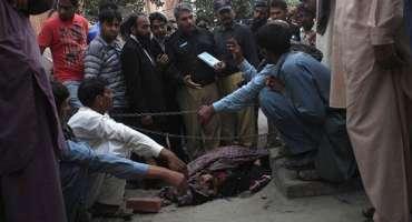 منچن آباد، عطائی نے زچگی کے دوران غلط آپریشن کر کے مریضہ کو موت کی نیند ..