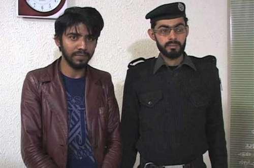سانحہ پشاور میں دہشت گردوں کی ..